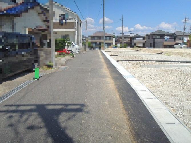 3~6区画前面道路(南西側)