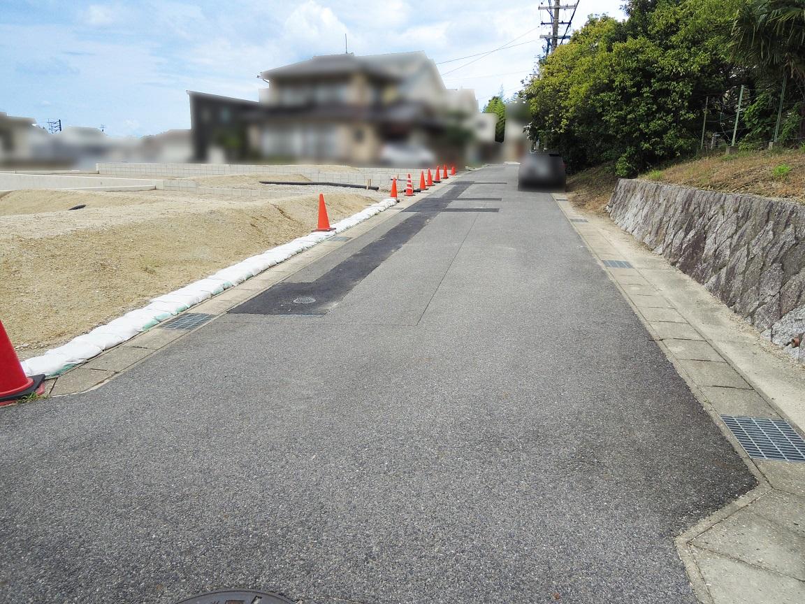 前面道路(北東)幅員約4.9m